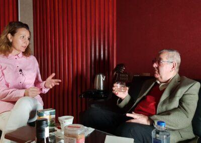 Радомира Михова разговаря с проф. д-р Пламен Арабов